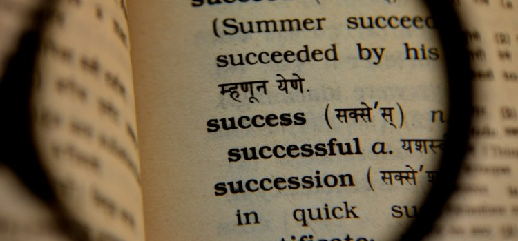 Retranscrire efficacement le ton d'un article et enrichir ton analyse en anglais