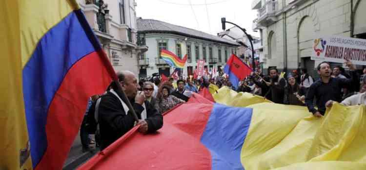 L'Équateur (fiche de révision) – Entre trahisons et corruption, une nouvelle direction : le libéralisme