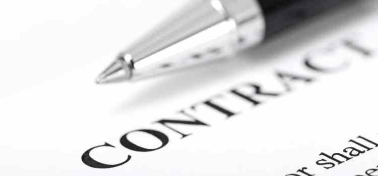 Réussir l'analyse de contrat en économie-droit