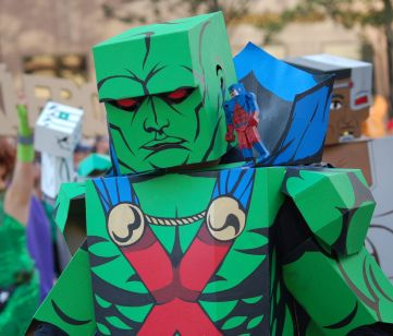 2012 Parade Cardboard Martian Manhunter