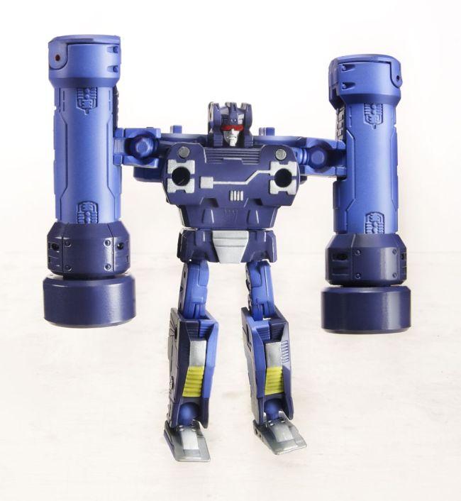 311420-Transformers-Masterpiece-Frenzy
