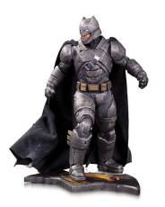 BMvSM_DoJ_Armored_Batman_Statue