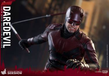 marvel-daredevil-sixth-scale-hot-toys-902811-18