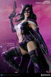 dc-comics-huntress-premium-format-300288-02