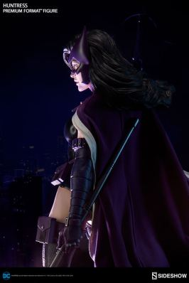 dc-comics-huntress-premium-format-300288-19