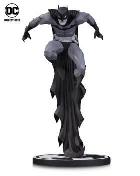 BM_BW_Matthews_Batman_v01_r01