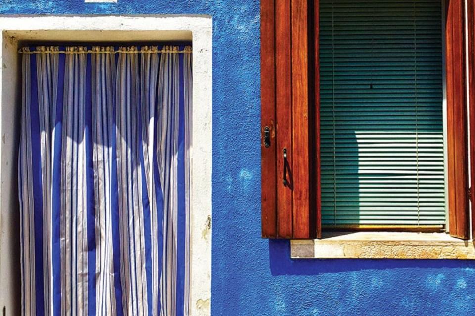 blue house murano and burano