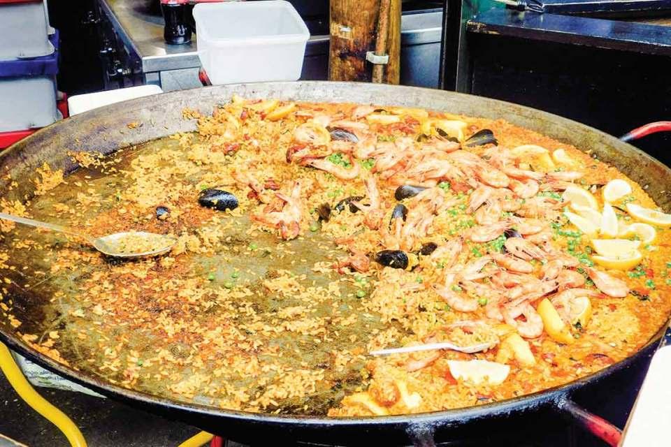 Culinary Travel Paella