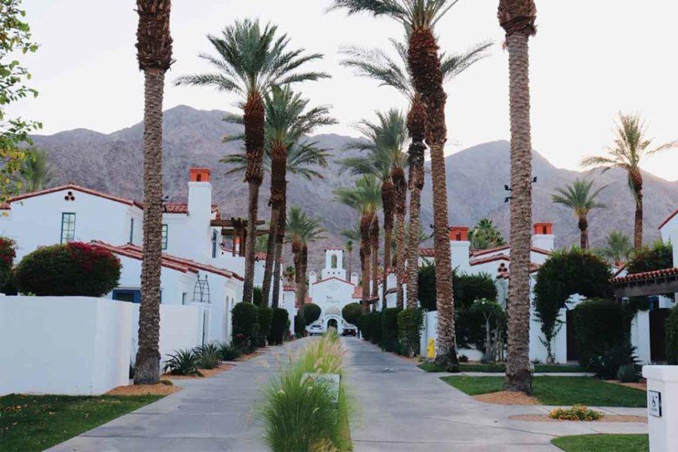 Entrance to La Quinta Palm Springs