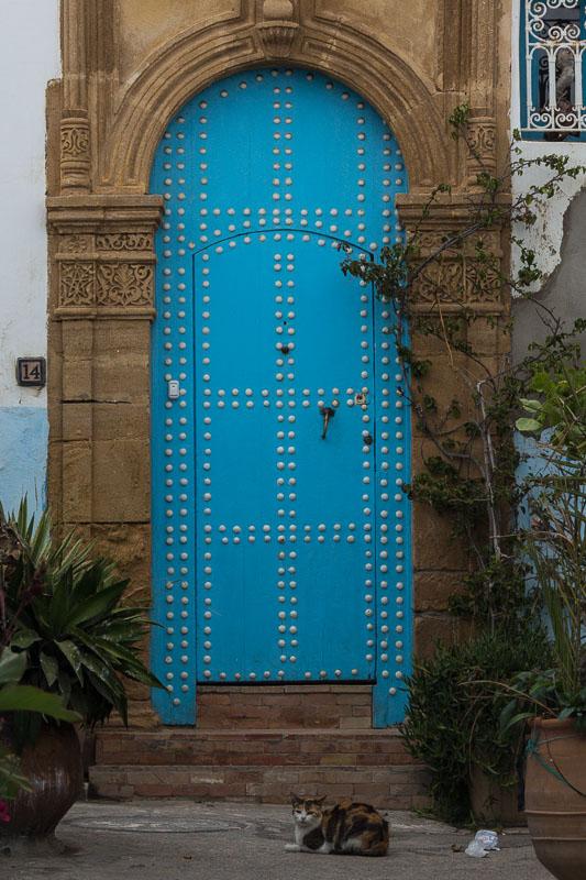 Tür mit relaxtet Bewachung