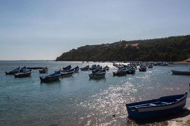 Fischerboote in der Lagune von Moulay-Bousselham