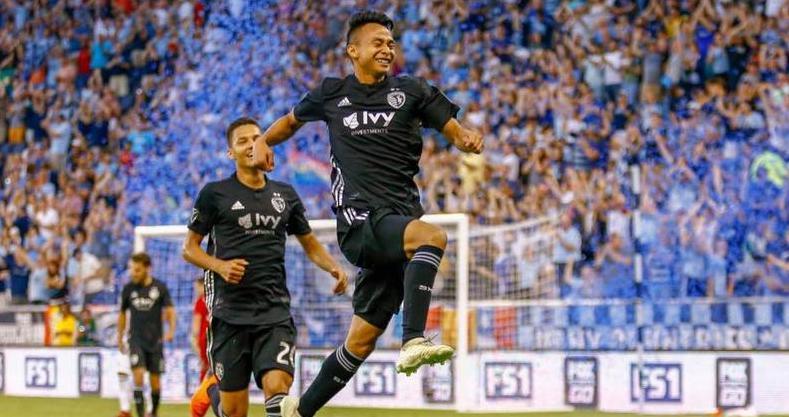kuzain goal celebration 1 Wan Kuzain & Kuzri Masih Berpeluang Wakili Negara