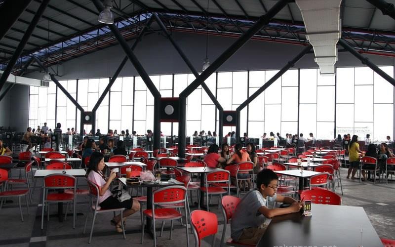 D'Loft Food Court 1