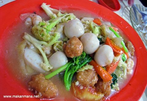Chinese food Jalan Tilak 6
