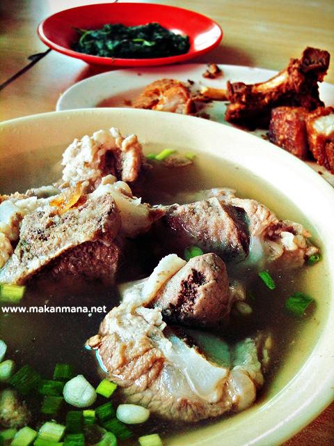 Robema sup daging