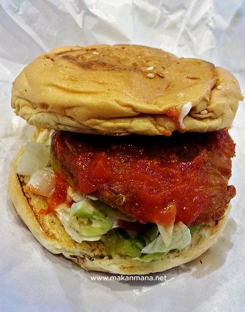 Cowboy Crispy Chicken Burger
