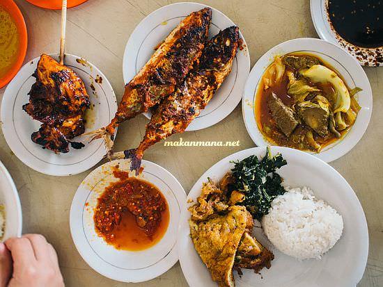 nasi ayam bakar tisya RM Warung Tisya, Jalan Sekip