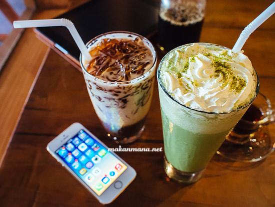 Matcha latte ice coffee jelly