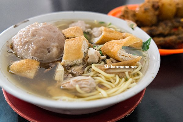 Bakso Ayam Cianjur Jl. Madong Lubis 1