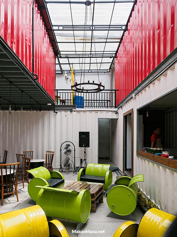 2015 cafe in medan