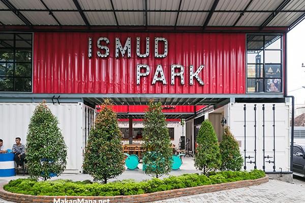 Ismud Park, cafe berkonsep marketplace 1