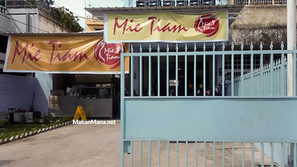 Mie Tiam Medan