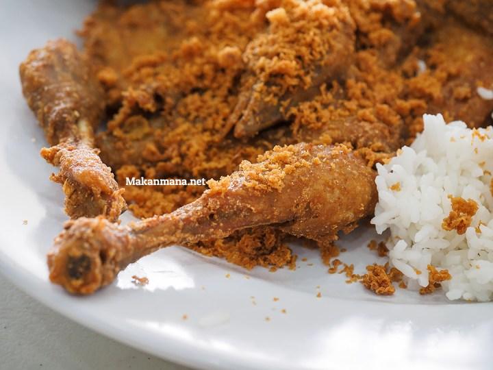 Ayam Goreng Karawaci, Dari Jawa ke Medan 3