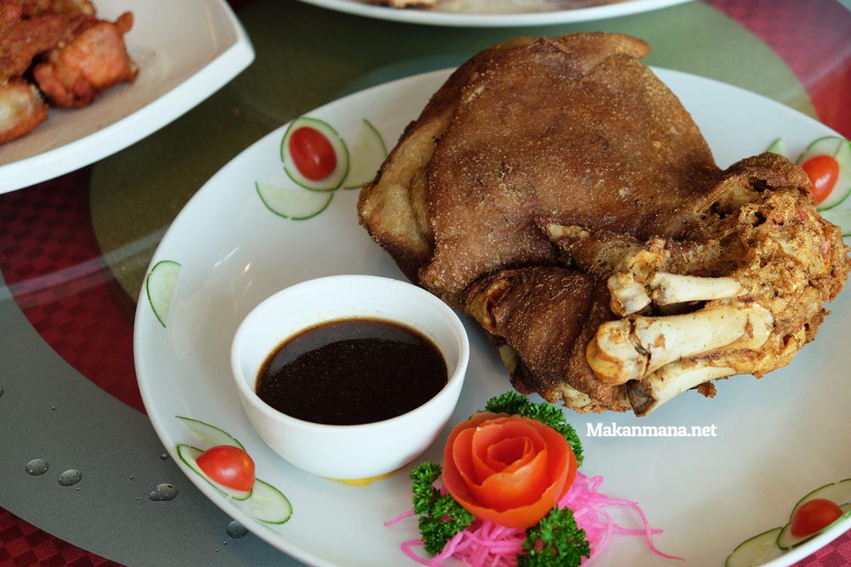 pork-knuckle-fried-3