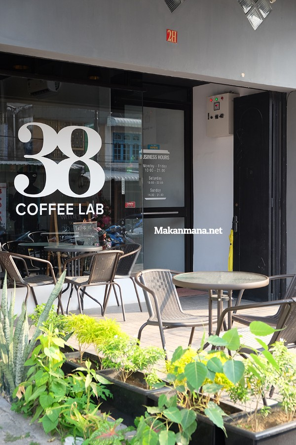 38 Coffee Lab, Home to 2nd Indonesian Aeropress Champion 2017 1