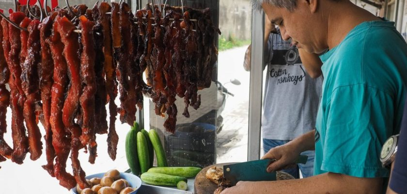 Pulang Ke Medan Untuk ChengBeng? 5 Kuliner Non Halal Ini Pantang Untuk Dilewatkan! 1