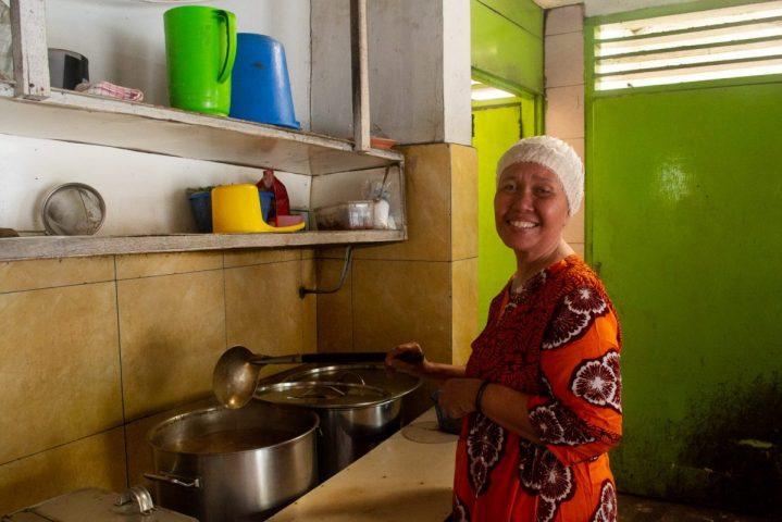 Nenek Warung Ramli