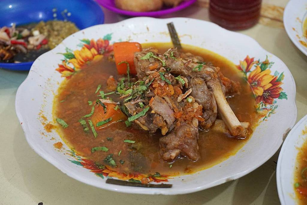sop kambing kumango makanmana kuliner medan