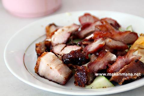 agu siobak pui nasi babi agu grilled pork rice kuliner medan