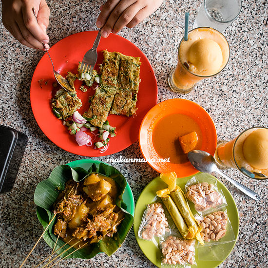 100 Must Eat Local Street Food in Medan 2019! 71