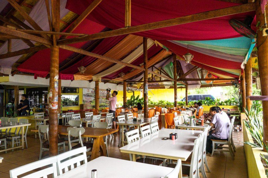 Pondok Makan Sitalolo - Ternyata Begini Kuliner Tepi Danau Khas Batak! 9