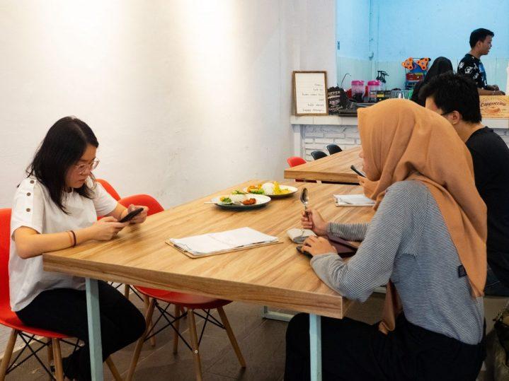 Cara Paling Praktis Dan Cepat Menikmati Makan Siang—Mapaya House 23
