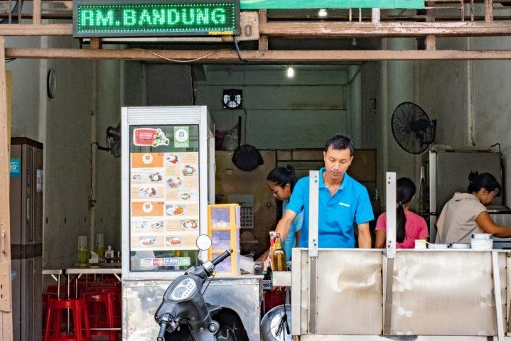 Jangan Takut Kantong Tipis, Pesan Paket Hemat RM Bandung Aja! 1