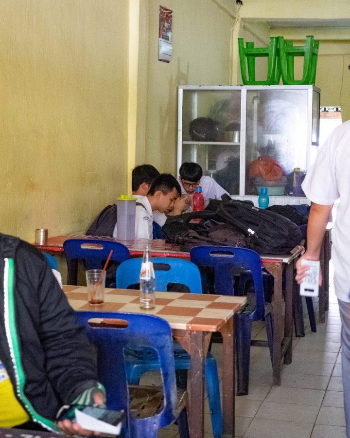 Anak SMA Sutomo 1 Medan Pasti Ngincar Menu Satu Ini! 27