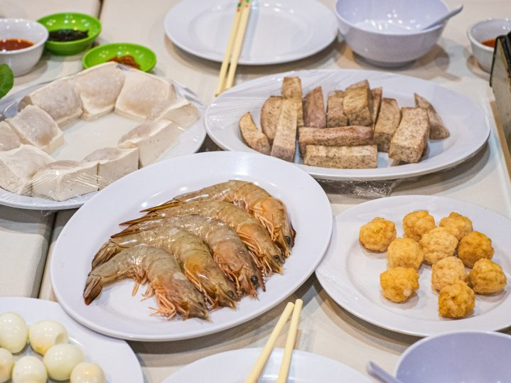Renovasi RM AdoeA Seafood Restaurant yang Mengejutkan di awal tahun 2020. 16