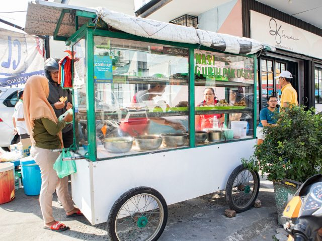 Ini Dia 10 Nasi Gurih Pilihan Makanmana Buat Sarapan Murah Meriah & Enak di Medan! 12
