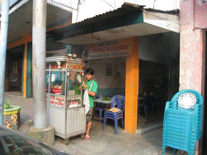 5 Sate Padang Pedes Endes di Medan! 9