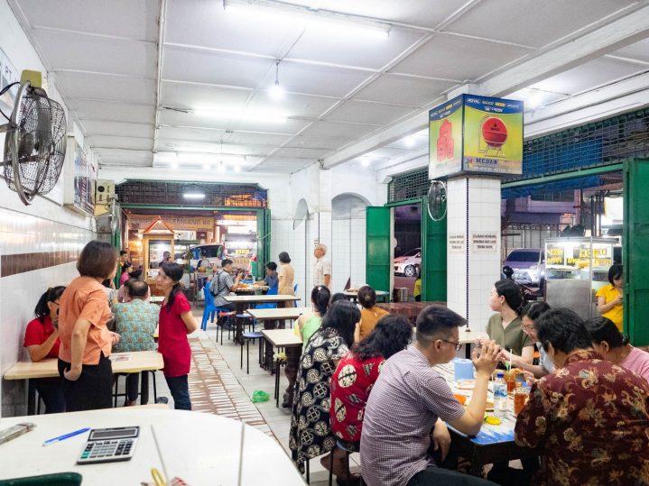 Sudah Eksis Satu Abad! Ju Hong Kotacane—Kopitiam Paling Tua di Medan? 16