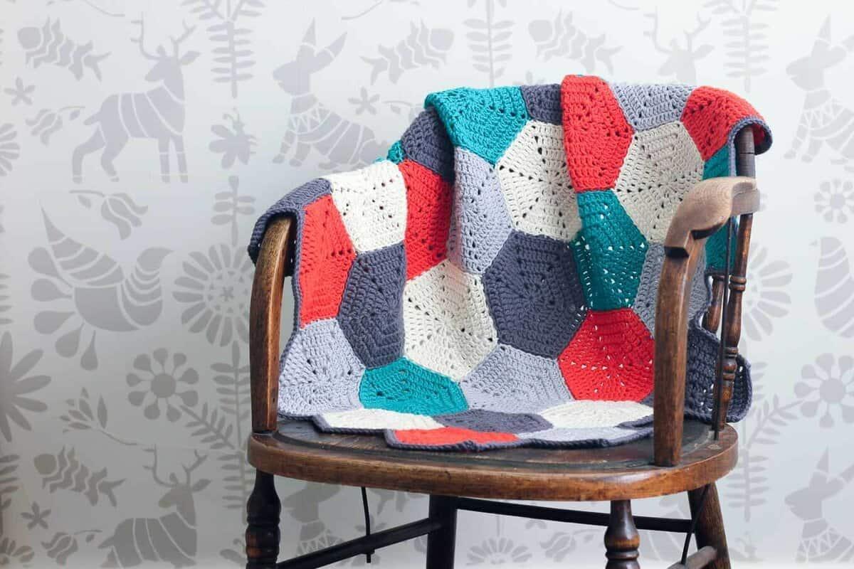 Kết quả hình ảnh cho Chunky Crochet Throw