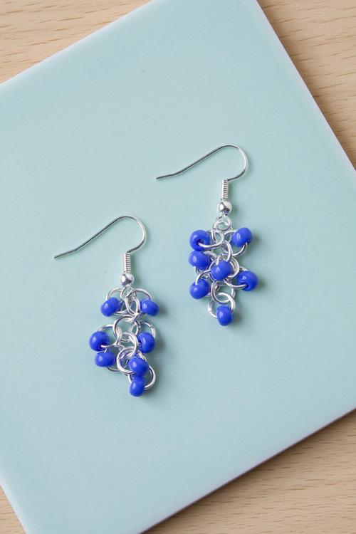 DIY seed bead earring tutorial