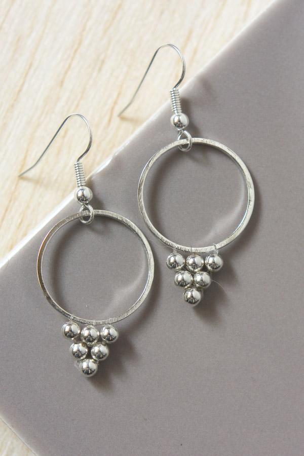 Silver Bead Earrings DIY