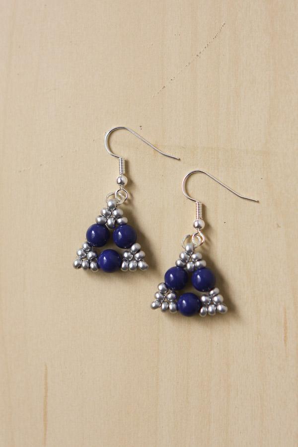 Beaded Triangle Earrings DIY Tutorial