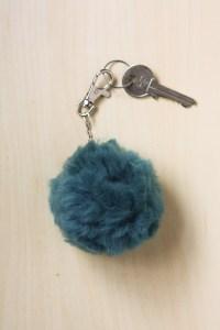 DIY Fluffy Pom Pom Bag Charm/Key Chain Tutorial