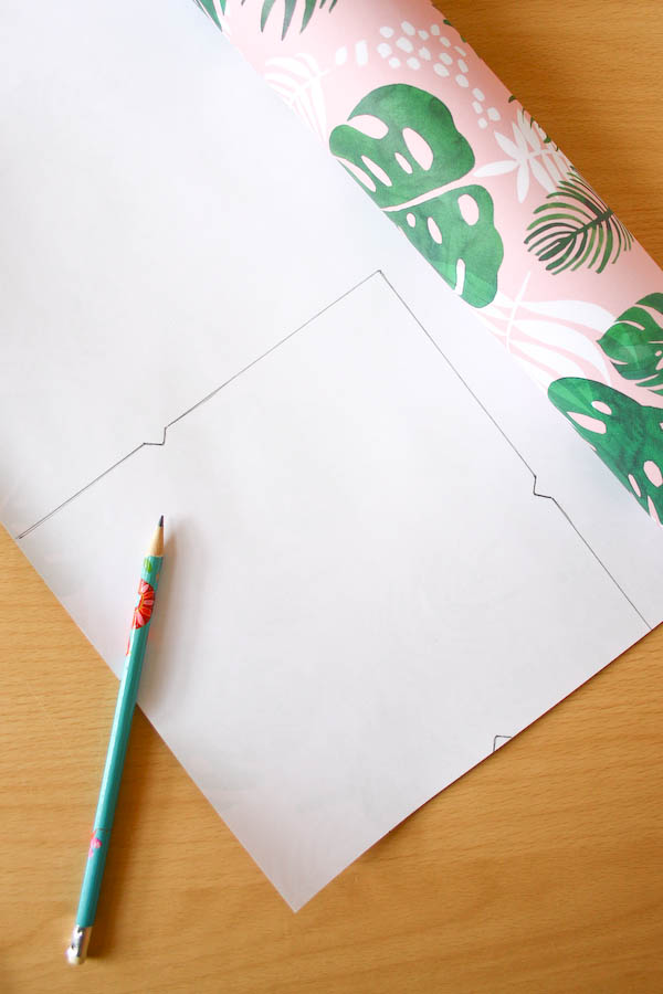 how to make envelopes from wrapping paper