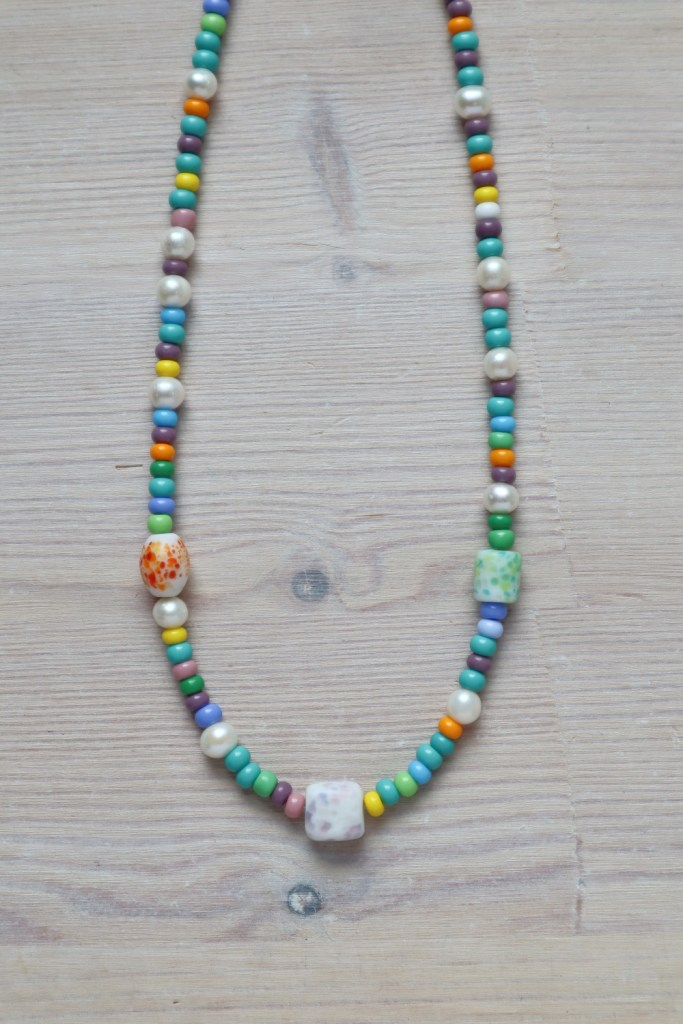 simple beaded necklace 16