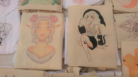 Original illustrations by Honeycomb Paints printed on canvas bags.